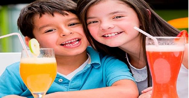Meyve Suları Çocuklar İçin Gerçekten Sağlıklı Bir İçecek midir?