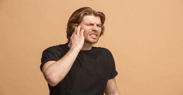 Kulak Arkasında Ağrı Neden Olur? Evde Çözüm Yolları