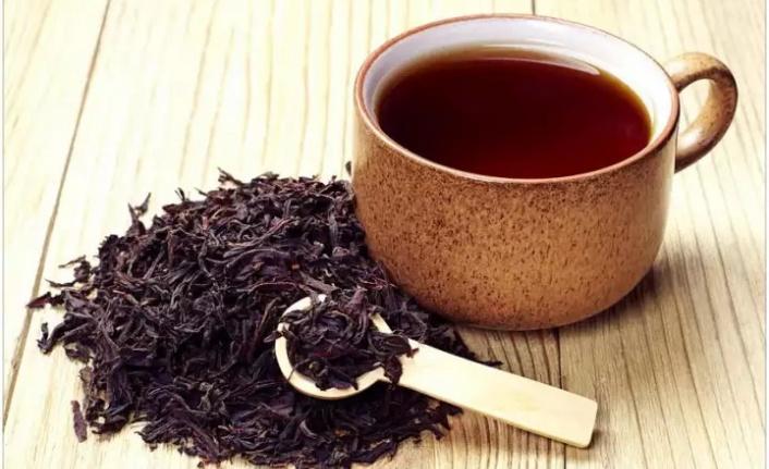 Siyah Çayın Saçlara Sağlığa Faydaları