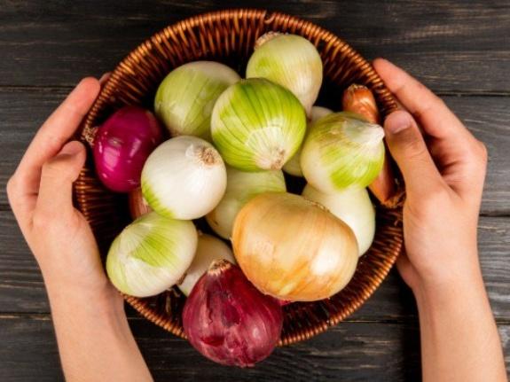 Beyaz Soğan Şeker Hastalarına İyi Gelir Mi; Beyaz Soğanın Diğer Sağlık Faydaları Hakkında Bilgi Edinin