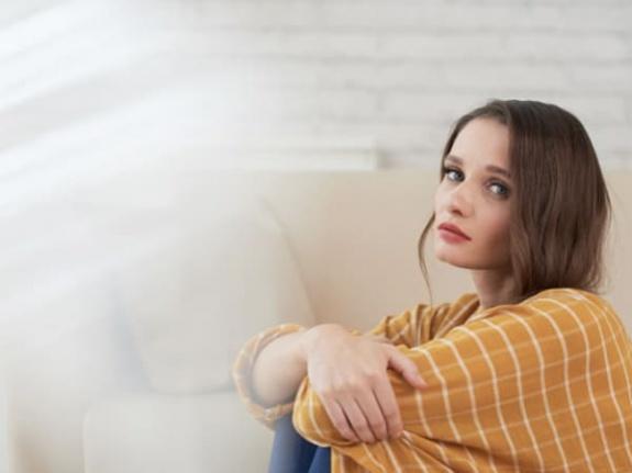Duygusal Olarak Tükendiğinizi Gösteren 7 Açık İşaret