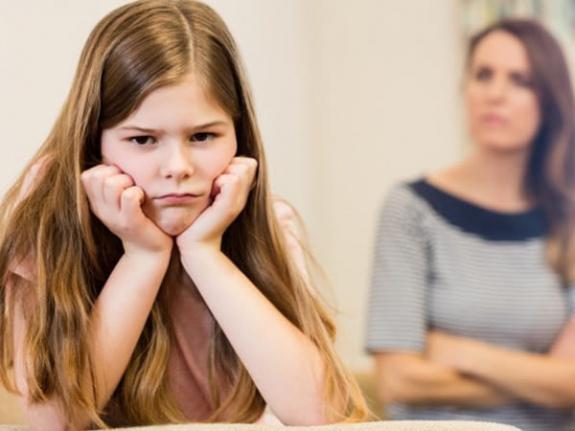 Ebeveynlerin Çocuklarını Teknoloji Bağımlılarından Kurtarmaları İçin 8 İpucu