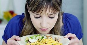 Yemeğimizi koklamak kilo almanıza neden olabilir mi?