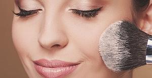 Makyaj Yapmaktan Kaçınmanız Gereken 6 Hata