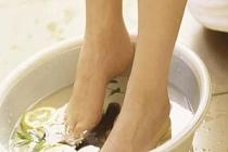 Ayak Ağrılarına Ne İyi Gelir? Evde Bitkisel Tedavi Yöntemi