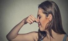 Adet Sonrası Kahverengi Kokulu Akıntının Nedenleri Ve Tedavisi