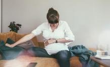 Hamilelikte Mide Ağrısı Neden Olur? Hamilelikte Mide Ağrısına Ne İyi Gelir?