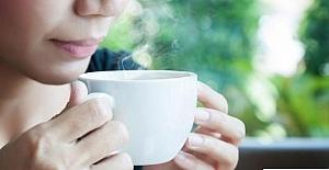 Çok Sıcak Çay İçmek, Yemek Borusu Kanseri Riskini...