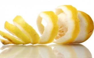 Kırışıklıkları Hafifletmek İçin Meyve Kabukları Kullanımı