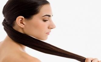 Saç Büyümesini Destekleyen 6 İnanılmaz Çay Durulaması