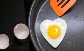 Keto Diyeti Kolesterola Yardımcı Olur mu, Zarar Verir mi?